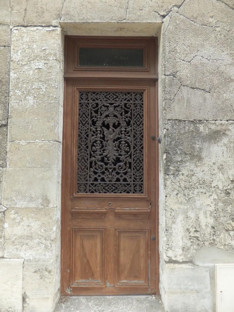 porte décoré de ferronnerie d'art du XIXe s.